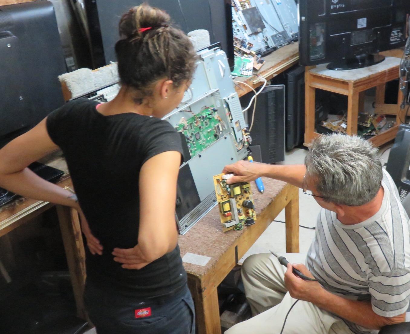 tv repair shop. in-shop tv repair tv shop